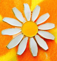 Vintage Spring Daisy