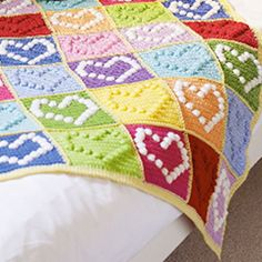 Bobble Heart Blanket - Download this free pattern at allcrochetpatterns.net