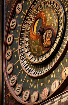 Wonderful and ancient Medieval clock in Wells, Somerset Cathedral, England. It dates from the 14th century. It is an astronomic clock showing not only the time but also the phases of the moon, the motion of both sun and moon and the time since the last new moon.