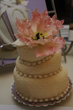 How To Design Your Own Wedding Cake : Make your own wedding cake on Pinterest Wedding cakes ...