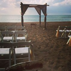 A beach chuppah from Vanessa Vargas Photography.  www.themodernjewishwedding.com