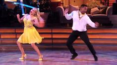 Here's what you've been waiting for: Carlton cuts loose on 'Dancing'