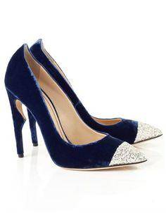 blue velvet, rousseau, fabul shoe, avenue32 shoe, jerom, velvet flicker, pumps, flicker pump, blues