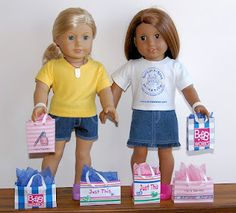 Printables for American Girl Dolls: Make these cute shopping bags and other items too! From Sosewsuzi