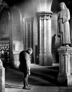 Charles Laughton as Quasimodo in The Hunchback of Notre Dame (1939, dir. William Dieterle)