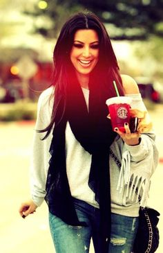 Kim Kardashian - I love this look! jeans, off-the-shoulder sweater and a scarf. Casual and sexy! #fall #fashion