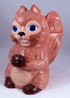 ✿ڿڰۣ(̆̃̃•Aussiegirl squirrel cookie jar!