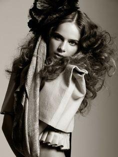 Current Dutch   Fashion Stylist Michelle Hartnett    #fashion #photography