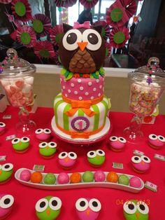 Cake at an Owl Party #owlparty #cake