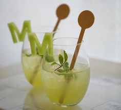 Give a personal touch to cocktails with fruit in the shape of letters to make your summer party stand out.