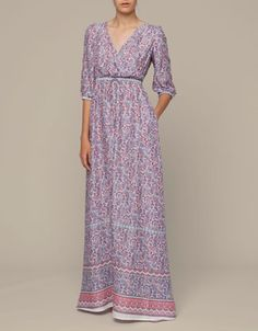 Dress with three-quarter sleeves