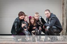 Urban family photos  | Urban Family Photos Downtown {Northeast Ohio Photographers}