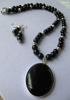 Classic Black by CharisDesignsJewelry on Etsy, $25.00