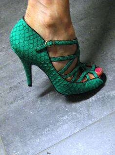 Emerald #pantone #emerald #green #2013
