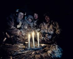 Chukchi beliefs and practices are bestdescribed as a form of shamanism.Animals,plants, heavenly bodies, rivers, forests andother naturalphenomena are all consideredto have their own spirits. During theirrituals, Chukchi shamans fall into trances(sometimes with the aid ofhallucinogenicmushrooms), communicate with the spirits,allow thespirits to speak through them,predict the future, and cast spells ofvariouskinds.