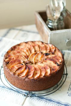 quince, pear & apple cake