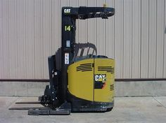 2008 #CAT NR3000 #usedforklifts for Sale - Capacity: 3,000 - Mast: 95 / 210 TSU - W/36V BATTERY, S/S #materialhandling