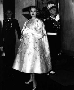 Grace of Monaco pregnant with her first child in December 1956.