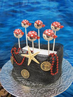 Cake Pops at a Pirate Party #pirate #party