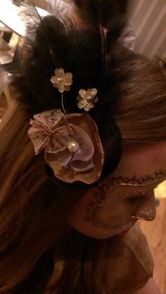Masquerade hair piece