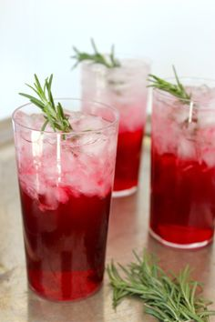 Rosemary Sloe Gin Fizz
