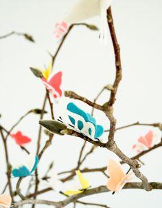 DIY: bobby pin butterflies