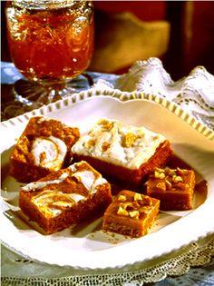 Pumpkin Butterscotch Fudge Bars - Recipe | http://www.quakeroats.com/