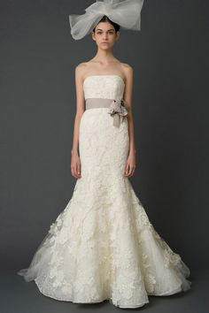 Love the dress.. hate the veil!