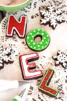Noel Chocolate Sugar Cookies // Sweetopia