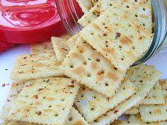 pepper flake, red pepper, food, seasoning mixes, salad dressings, flakes, homemade crackers, snack, season cracker