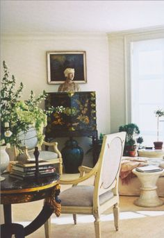 PASTELS INSIDE AND OUT | Mark D. Sikes: Chic People, Glamorous Places, Stylish Things