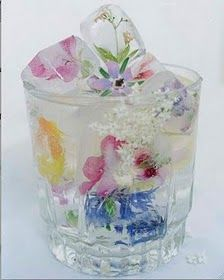 Flower ice cubes to dress up any drink.