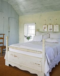 Texas Country Bedroom - beautiful and simple!