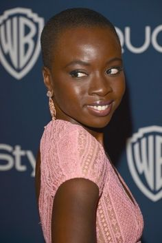 Danai Gurira is a vision in dusty rose. The monochromatic romantic look is the perfect complement to her sexy short do.