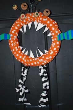 halloween wreath HALLOWEEN monster