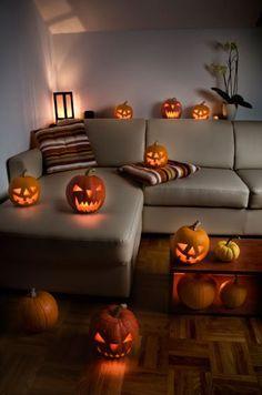 Halloween on pinterest manualidades fiestas and halloween - Como decorar la casa ...