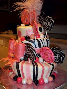 30th Birthday cake. Black. Pink, White  (could use blue brown and white instead with a royal blue feather)