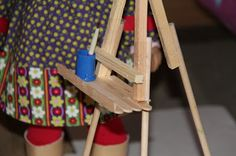 Doll Craft - Making Saige's Easel tutorial