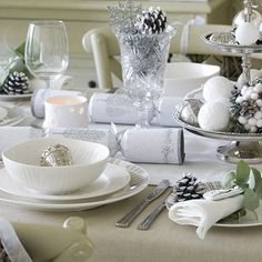 Silver & White Christmas Table Setting.
