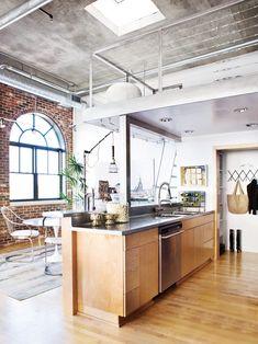 A Fresh, Layered Atlanta Loft