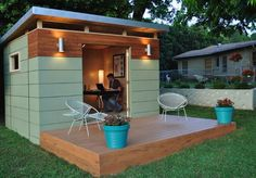 Kanga Room : Based out of Austin, Texas, Kanga Room makes backyard studios in a few styles: modern, country cottage, and bungalow. A basic exterior package for an 8x8-foot shed and you can add on a bathroom, kitchenette, and front porch for additional cost.
