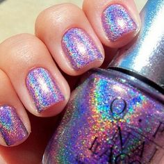 holographic OPI nails. Follow us on instagram @freshdiscoverbeauty