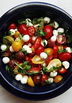 tomato basil, side dishes, salad recipes, olive oils, food, basil mozzarella, mozzarella salad, capres salad, summer salads