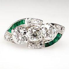 1920s Art Deco Antique Diamond and Emerald Platinum Ring