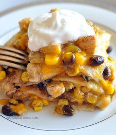 Chicken Green Chile Corn Tortilla Casserole #mexicanrecipes #dinnerrecipes #casseroles