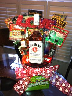 made this for my boyfriend for valentines day this year! just the way to a man's heart, liquor and lottery tickets ;)