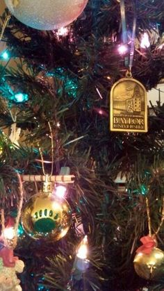 Love these #Baylor Proud Christmas ornaments! (via Ang_PF on Twitter)