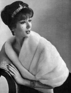 Simone d'Aillencourt in white mink by Jacques Rober, photo Pottier 1958