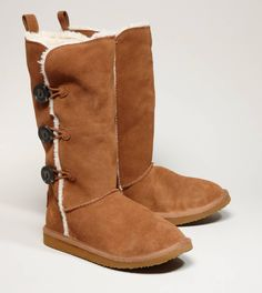 Love these boots with some skinny jeans for the winter! :-D