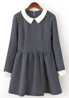 Black White Plaid Long Sleeve Pleated Dress pictures